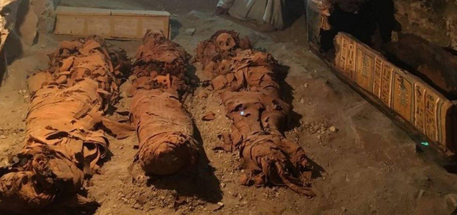 Tumba com 35 múmias é encontrada no Egito