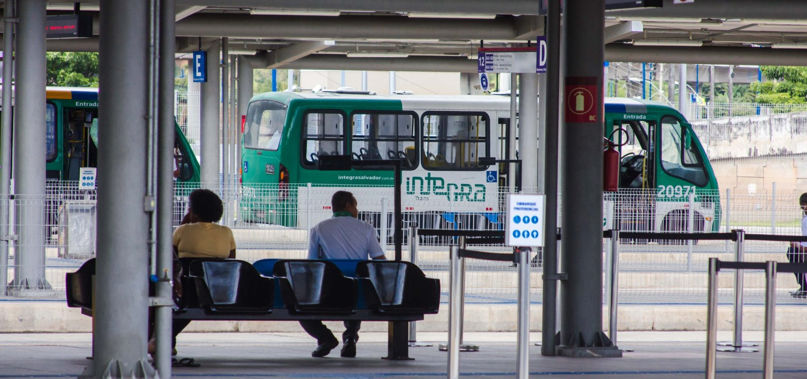 Rodoviários podem atrasar saída de ônibus das garagens nesta quinta-feira, diz sindicato