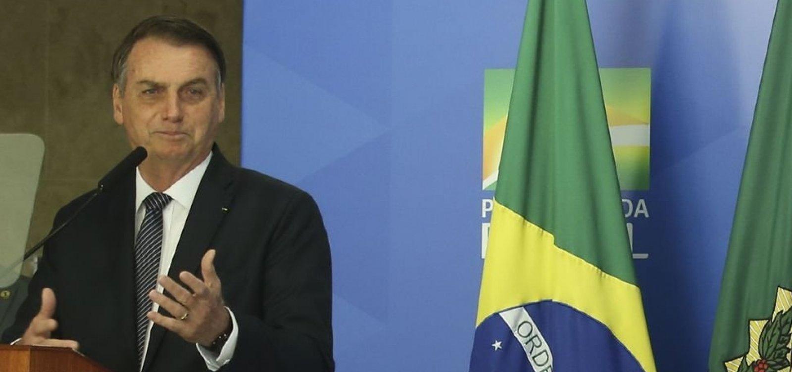 Economia com reforma tem de ser ao menos de R$800 bi, diz Bolsonaro