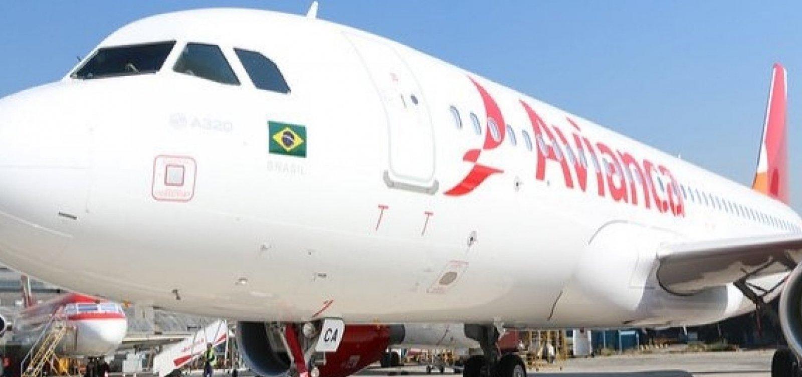 Ao menos 40 voos da Avianca com saída ou chegada a Salvador são cancelados hoje