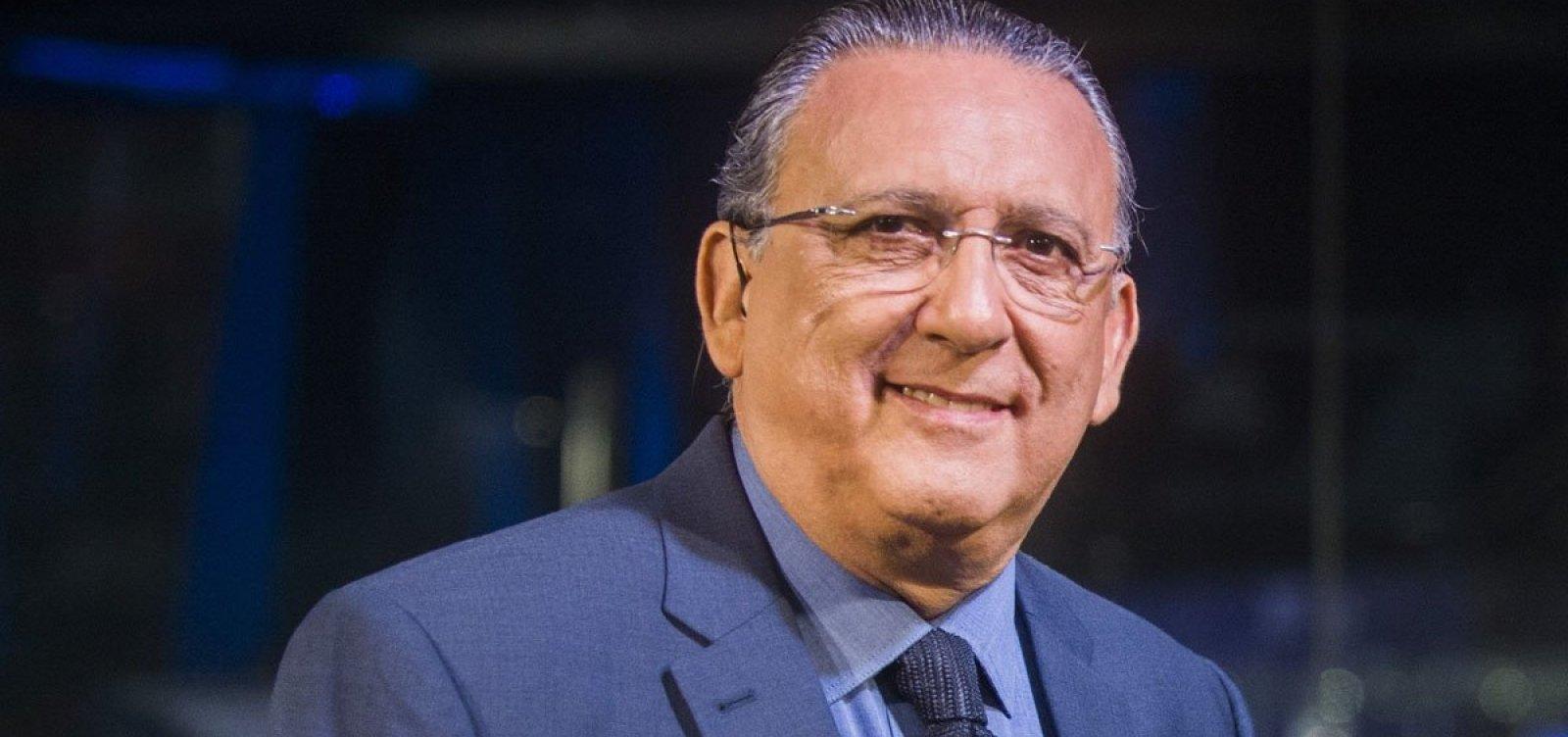 Após prejuízo de meio bilhão, Globo reduz super salários de astros como Galvão Bueno