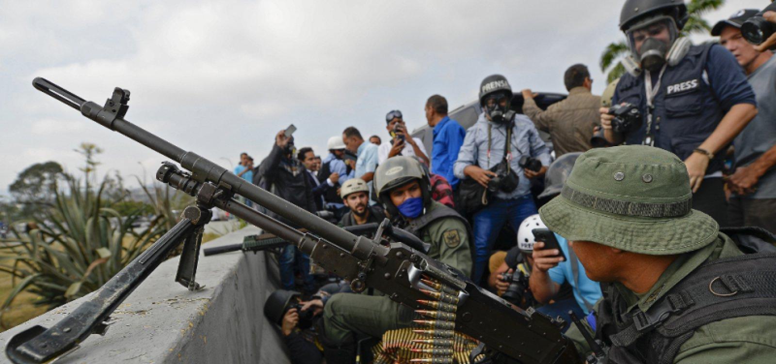 Brasil autoriza asilo a 25 militares venezuelanos em embaixada