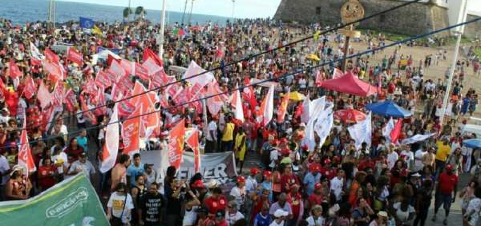 Dia do Trabalhador tem ato de centrais sindicais na Barra