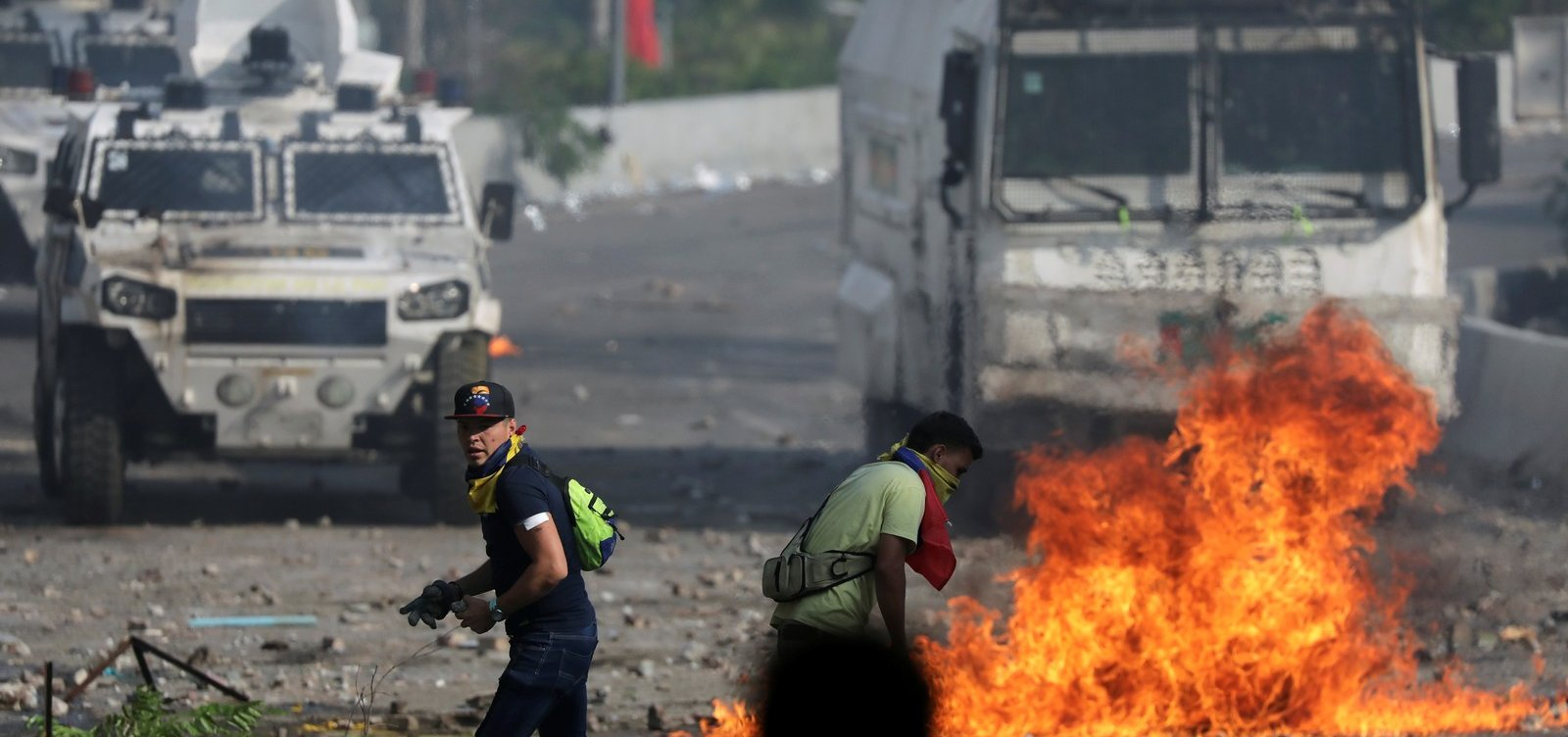 Sobe para dois número de mortos durante protestos na Venezuela