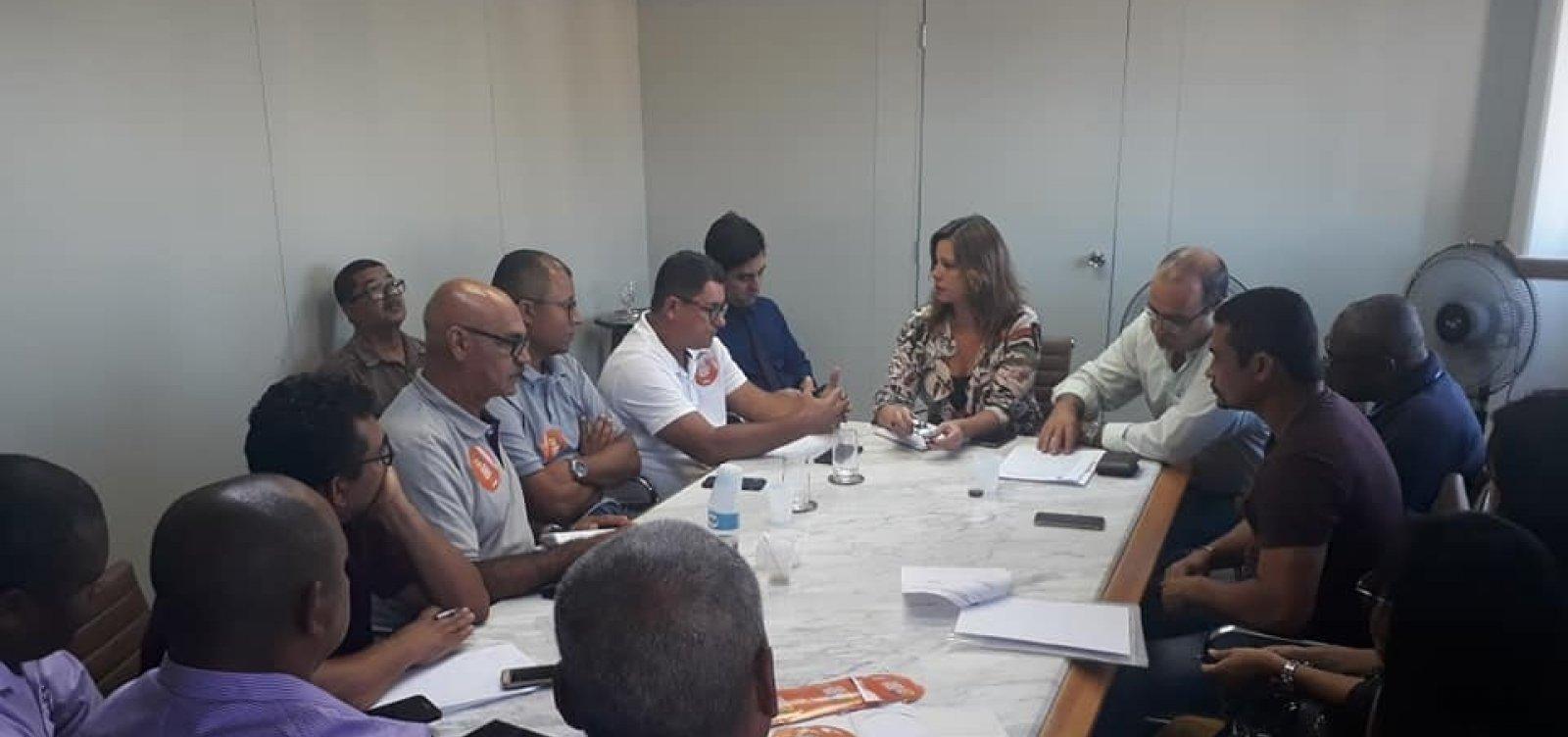 Reunião entre rodoviários e empresários termina sem acordo