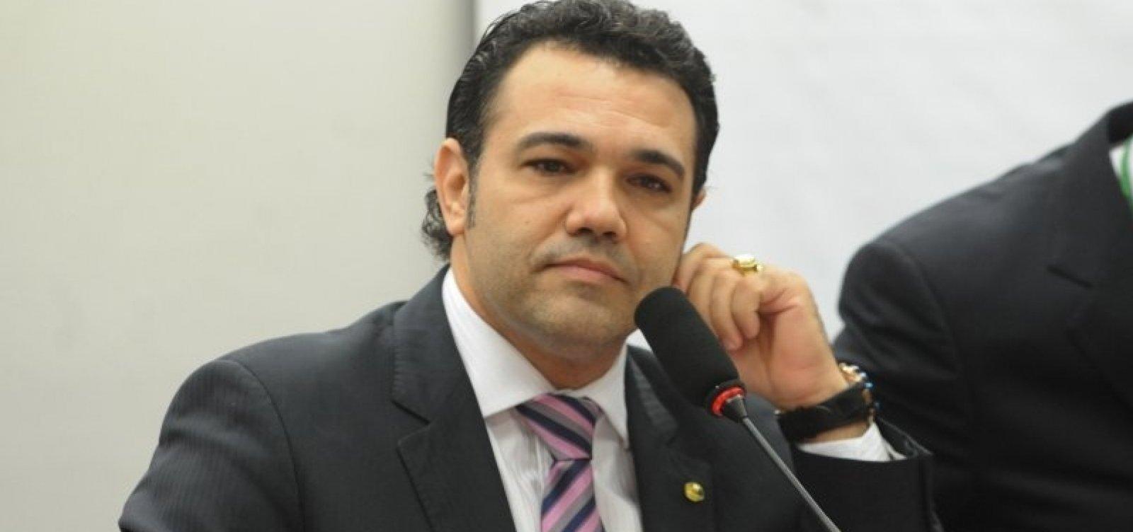 Bolsonaro escolhe Feliciano como interlocutor preferencial, diz coluna