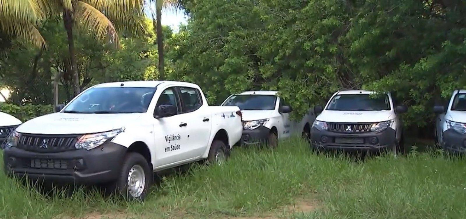 Caminhonetes novas de combate à dengue estão paradas há 4 meses no CAB, em Salvador