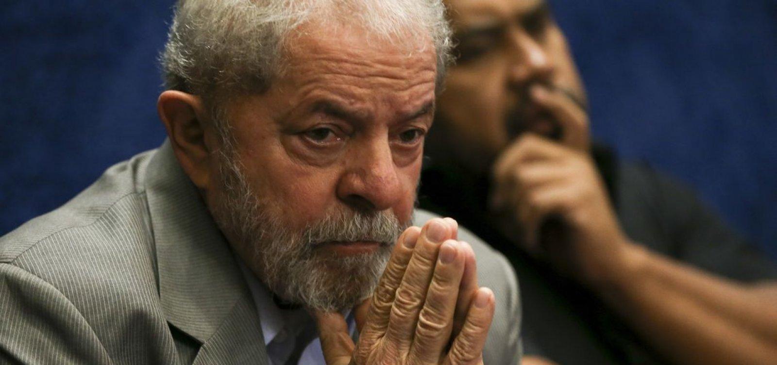 Lula pretende pedir progressão de regime e passar para o semiaberto