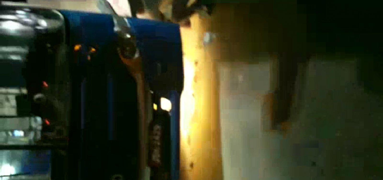 Ônibus tem princípio de incêndio na saída da Lapa; veja vídeo
