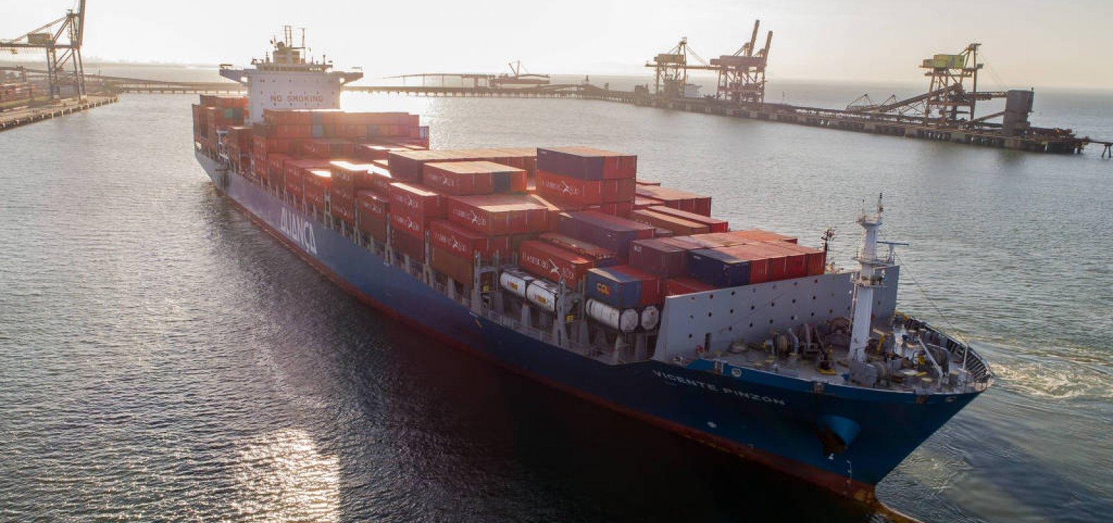 Transporte de carga pela costa cresce 18% após greve dos caminhoneiros
