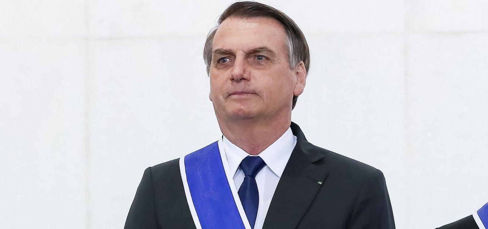 Governo será mantido sem qualquer regulamentação da mídia, afirma Bolsonaro