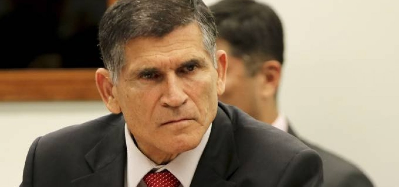 Ministro da Secretaria de Governo se reúne com Bolsonaro após conflito com olavistas