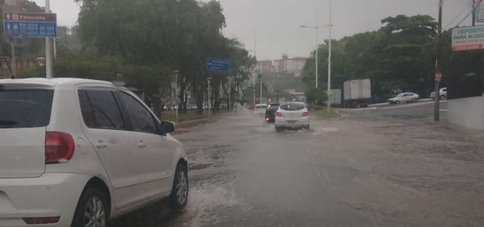 Codesal alerta para risco de alagamentos e deslizamentos devido à chuva
