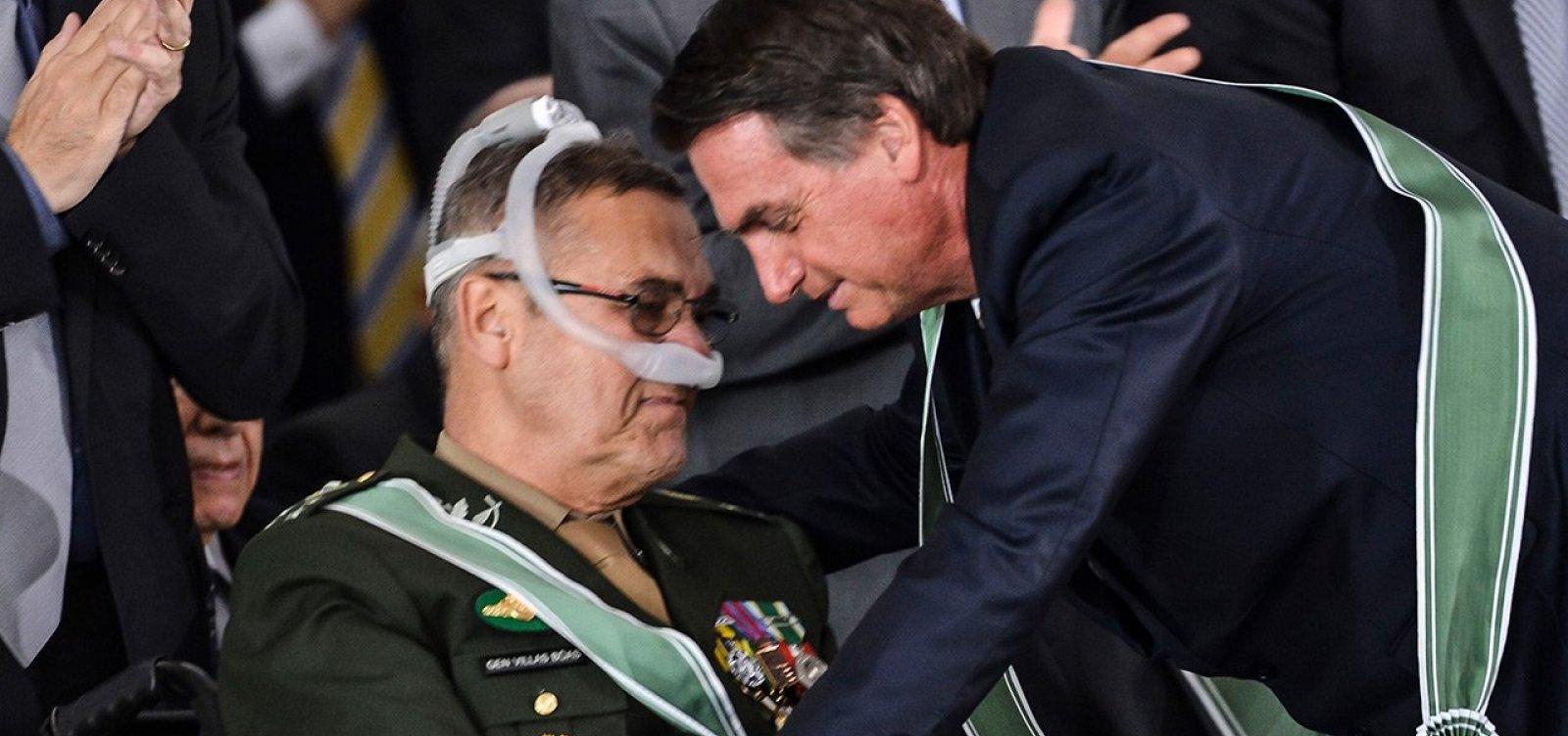 Ex-comandante do Exército critica Olavo de Carvalho: 'Vazio existencial'