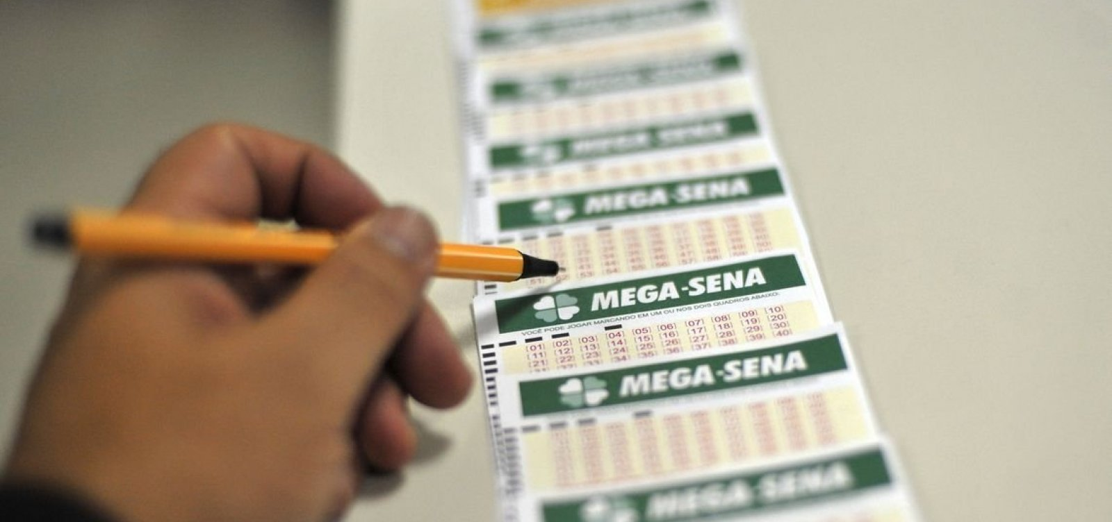 Mega-Sena pode pagar hoje R$ 170 milhões
