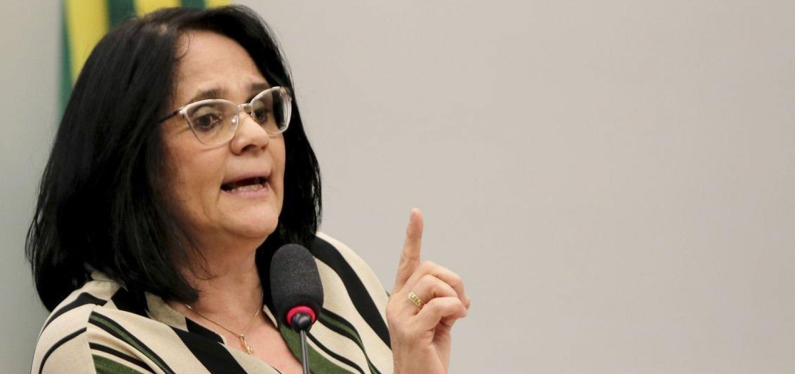 'Lugar da Funai é nos Direitos Humanos', diz Damares