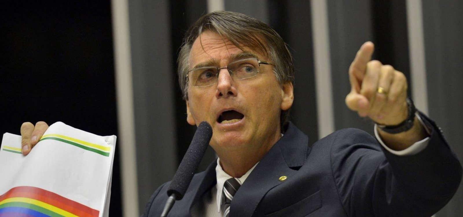 Justiça mantém condenação a Jair Bolsonaro por declaração homofóbica