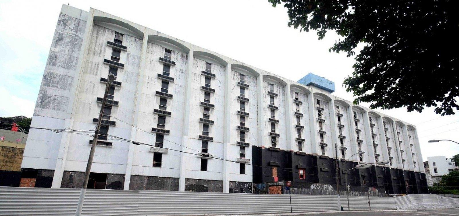 Salvador Praia Hotel começa a ser demolido na segunda-feira