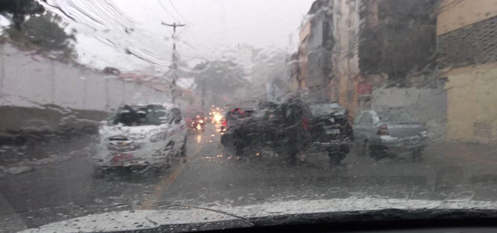 Defesa Civil registra 45 solicitações devido às chuvas em Salvador