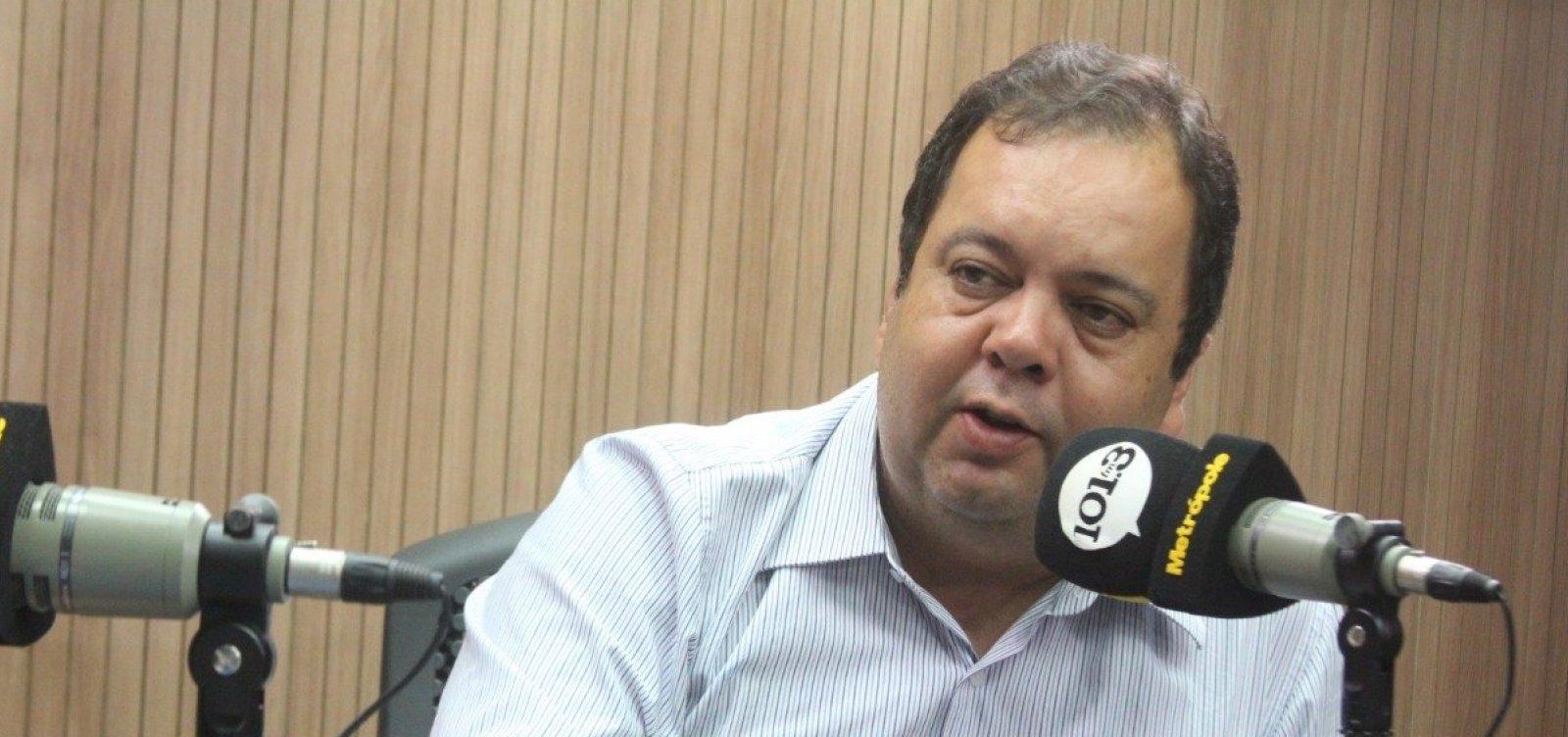 Comentários do filho de Bolsonaro 'não têm importância', diz Elmar Nascimento