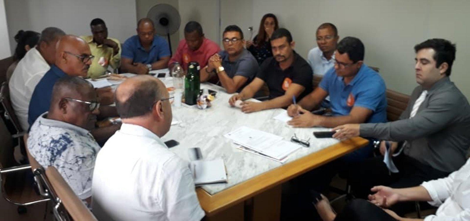 Assembleia dos rodoviários vai definir rumos da greve