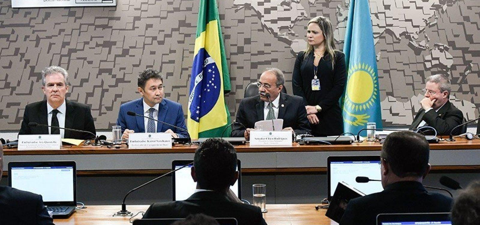 Embaixador do Cazaquistão no Brasil diz que quer intensificar relações entre os dois países