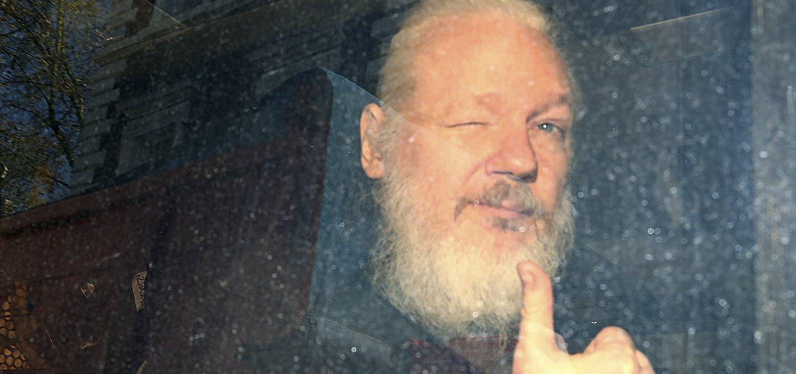 Justiça sueca reabre investigação contra Assange sobre acusação de estupro