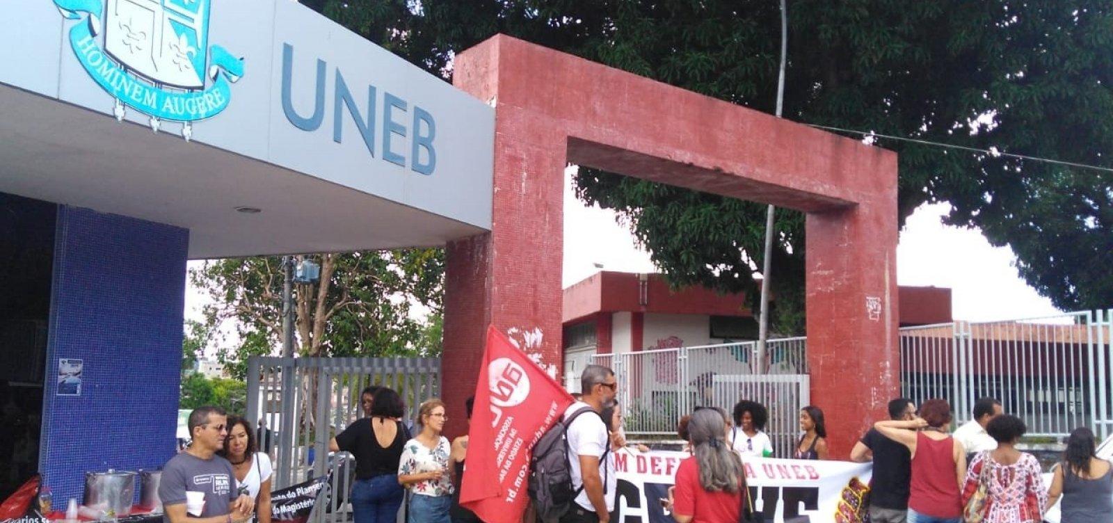 Desembargadora deve analisar 'conflito de decisões' sobre corte de salários, diz Aduneb