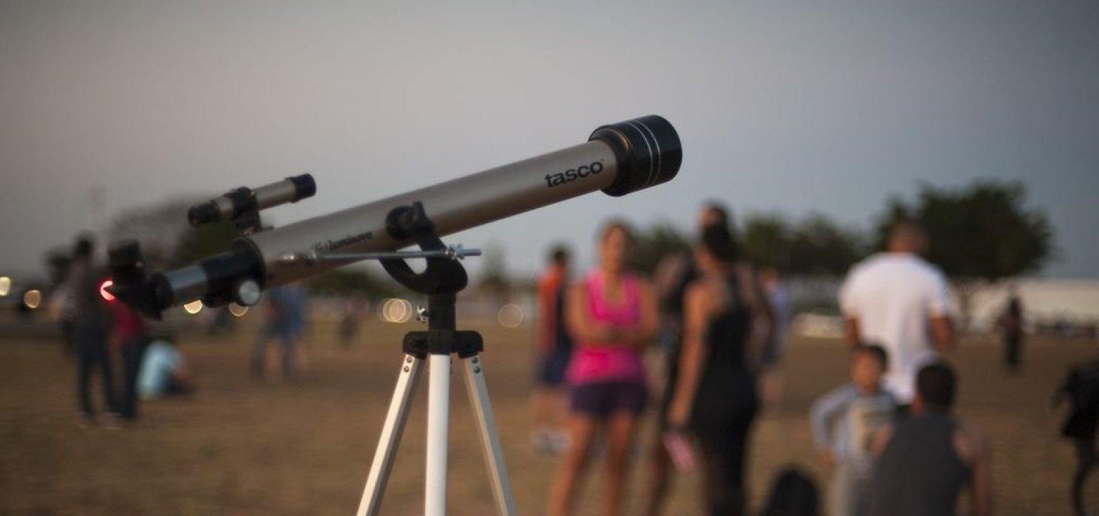 Cerca de 800 mil alunos participam da Olimpíada Brasileira de Astronomia