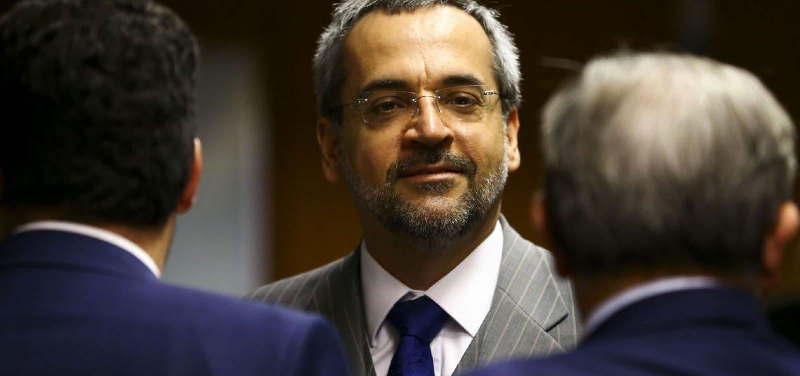 Ministro da Educação diz ser favorável à entrada da polícia nas universidades