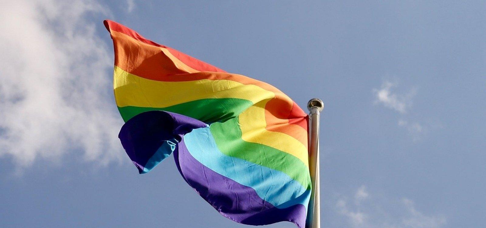 Decreto aprovado hoje retira incentivo ao turismo LGBT