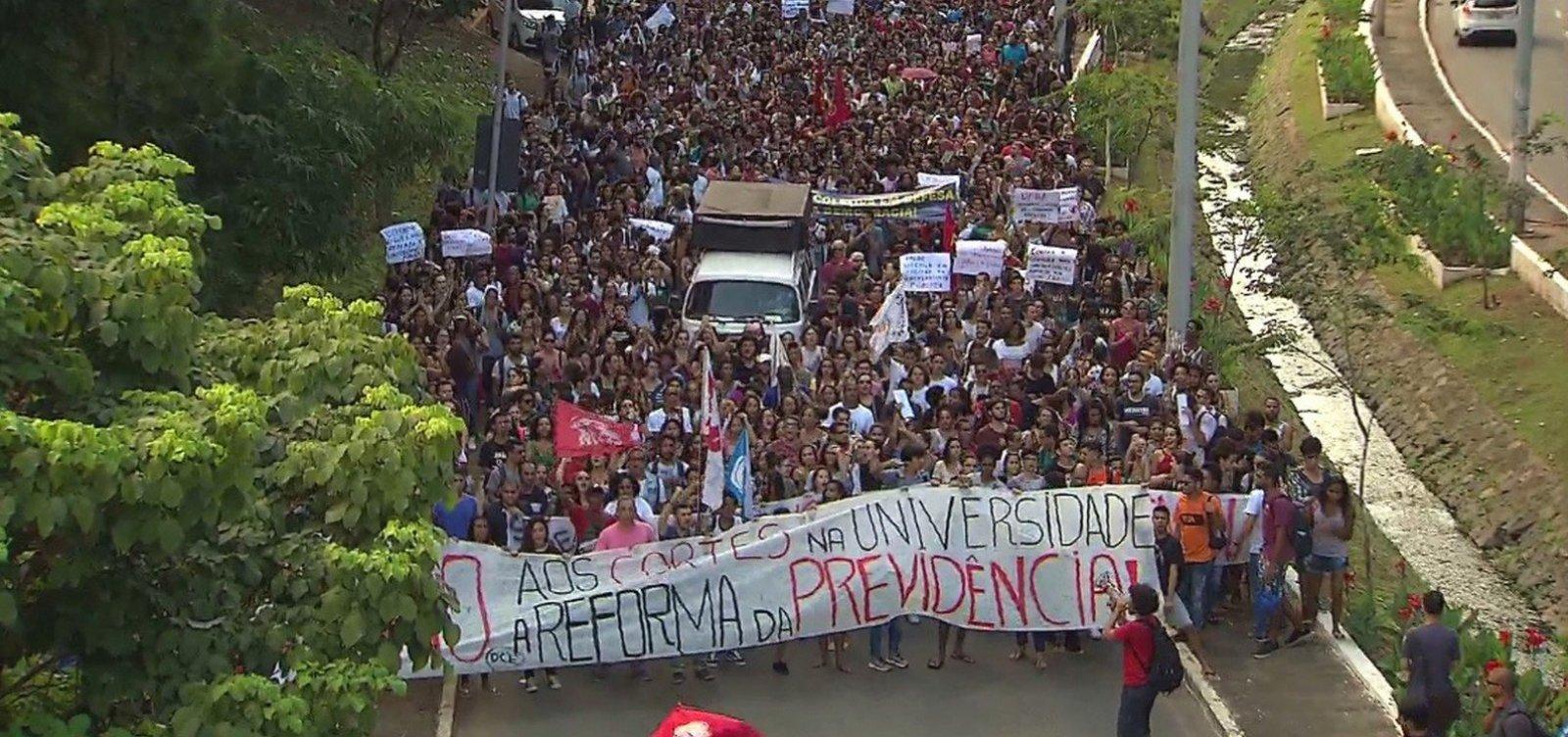 UNE convoca novo protesto contra cortes na educação para o dia 30