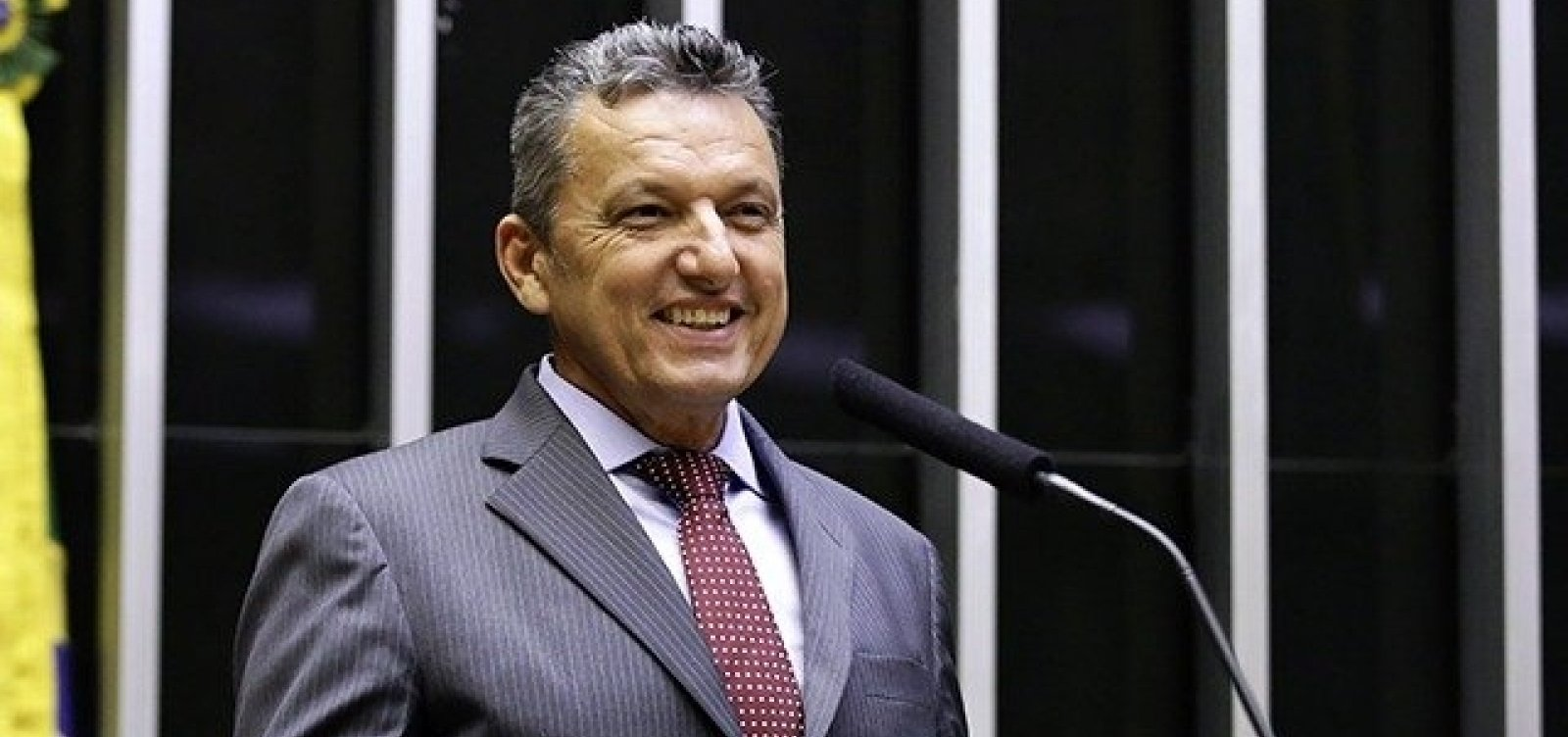 Justiça bloqueia bens de ex-prefeito de Guanambi e mais seis
