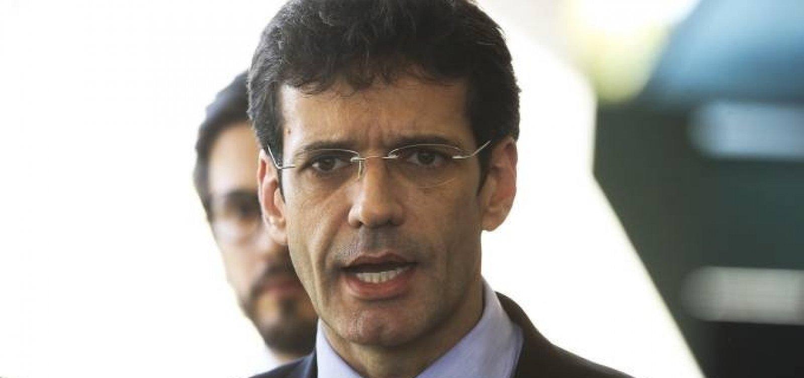 Coaf aponta operações bancárias suspeitas de R$ 1,96 mi do ministro do Turismo