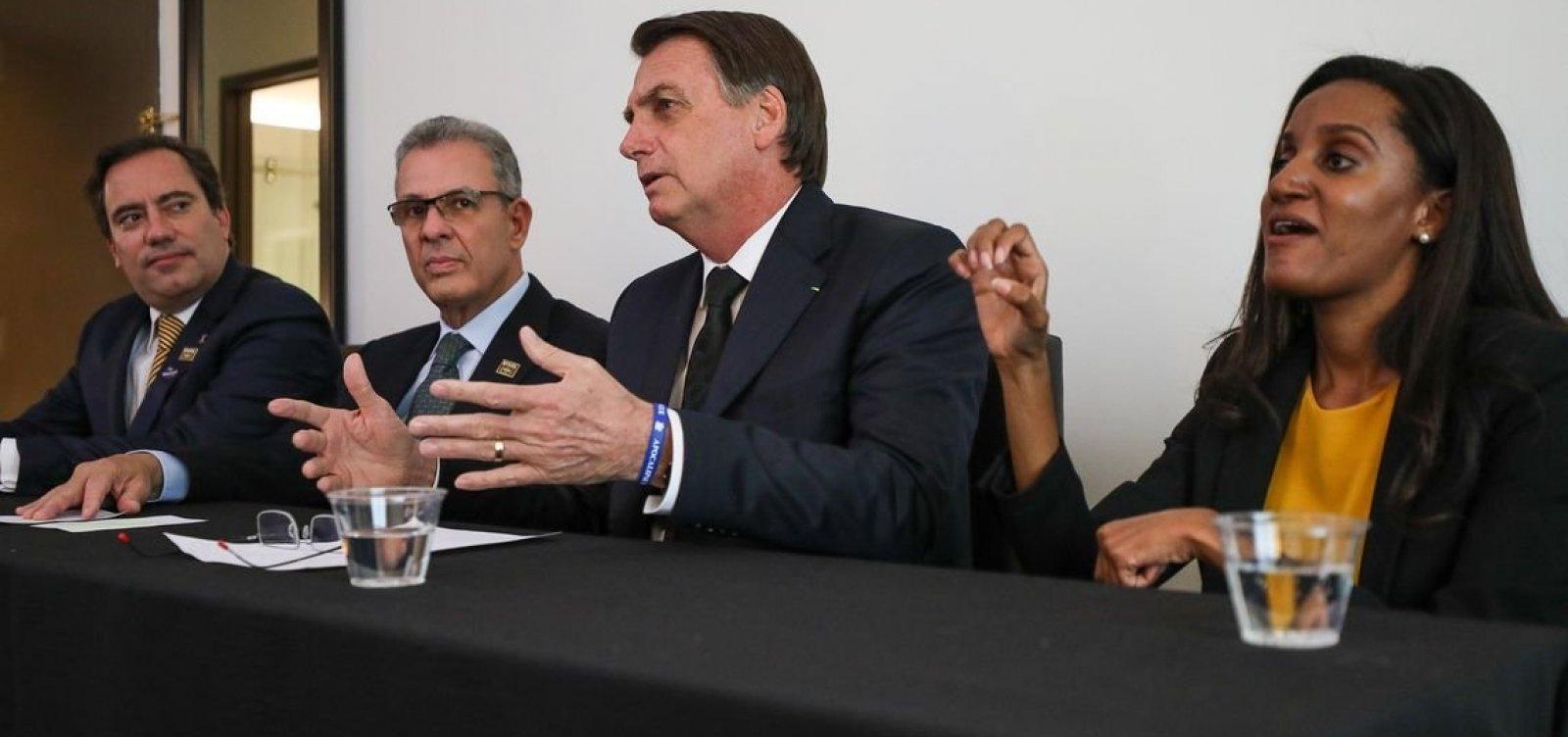 Bolsonaro diz que 'não teve nenhum acordo, nada', sobre indicação de Moro ao STF