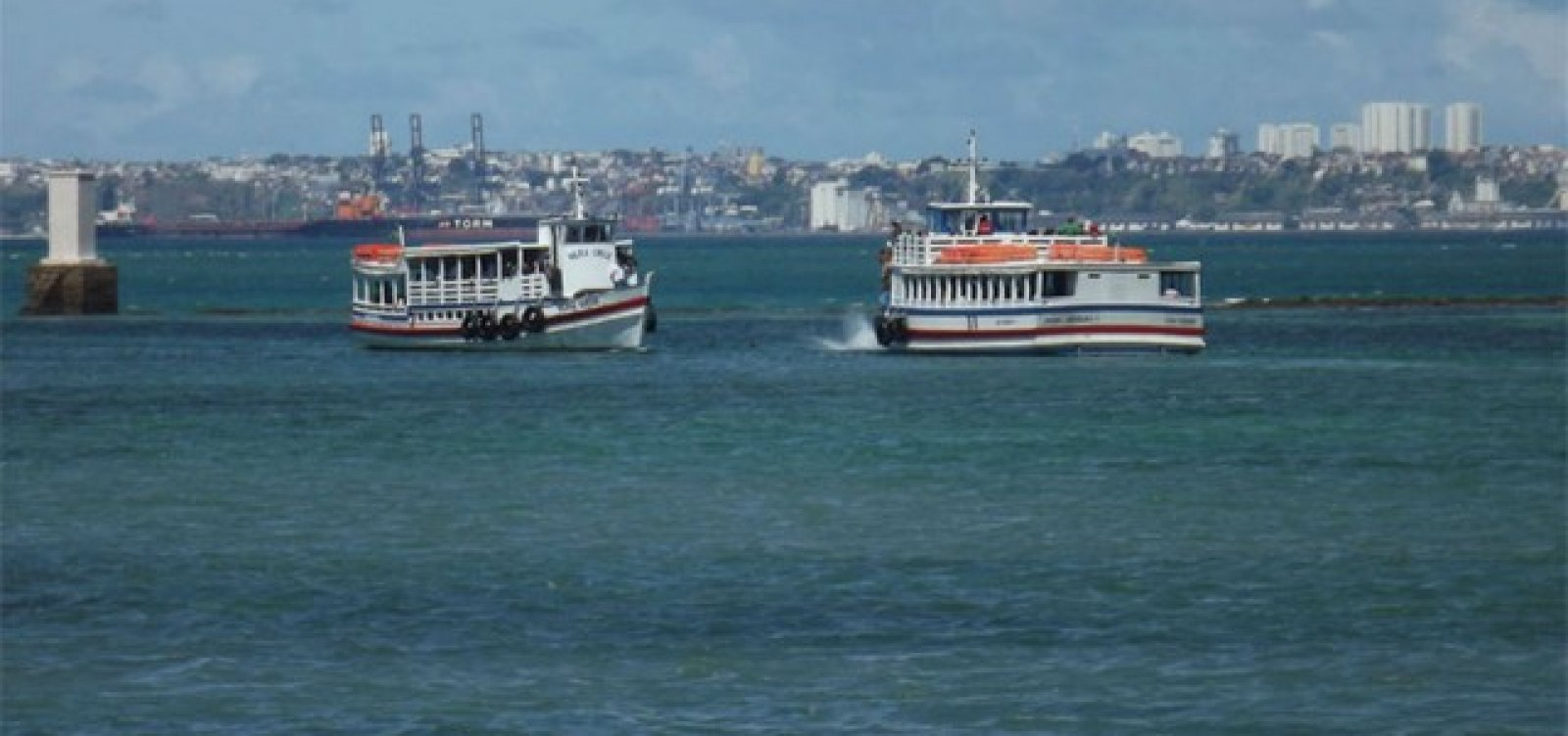 Travessia Salvador-Mar Grande encerra mais cedo neste sábado por causa da maré baixa