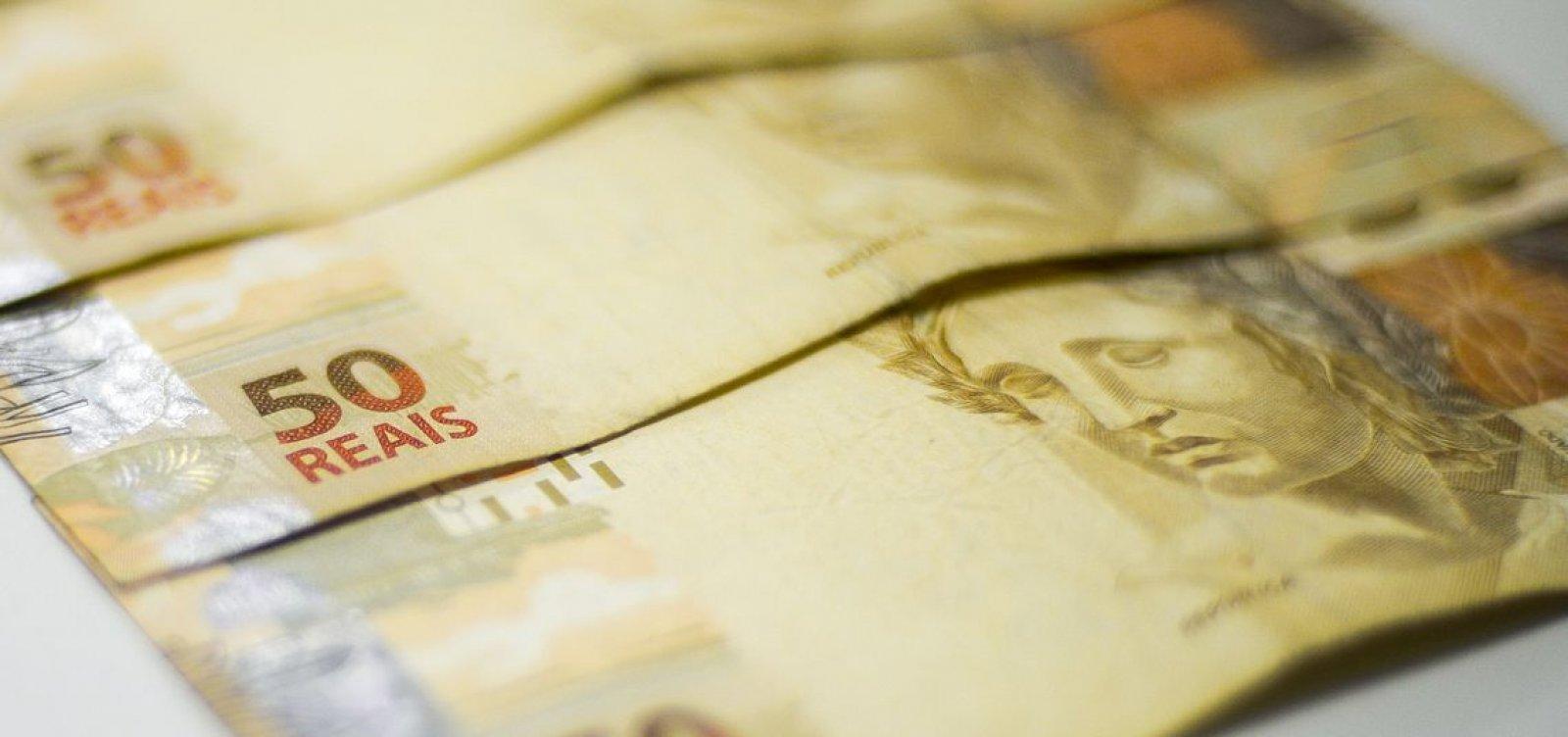 Brasil está entre estagnação edepressão econômica, diz relatório