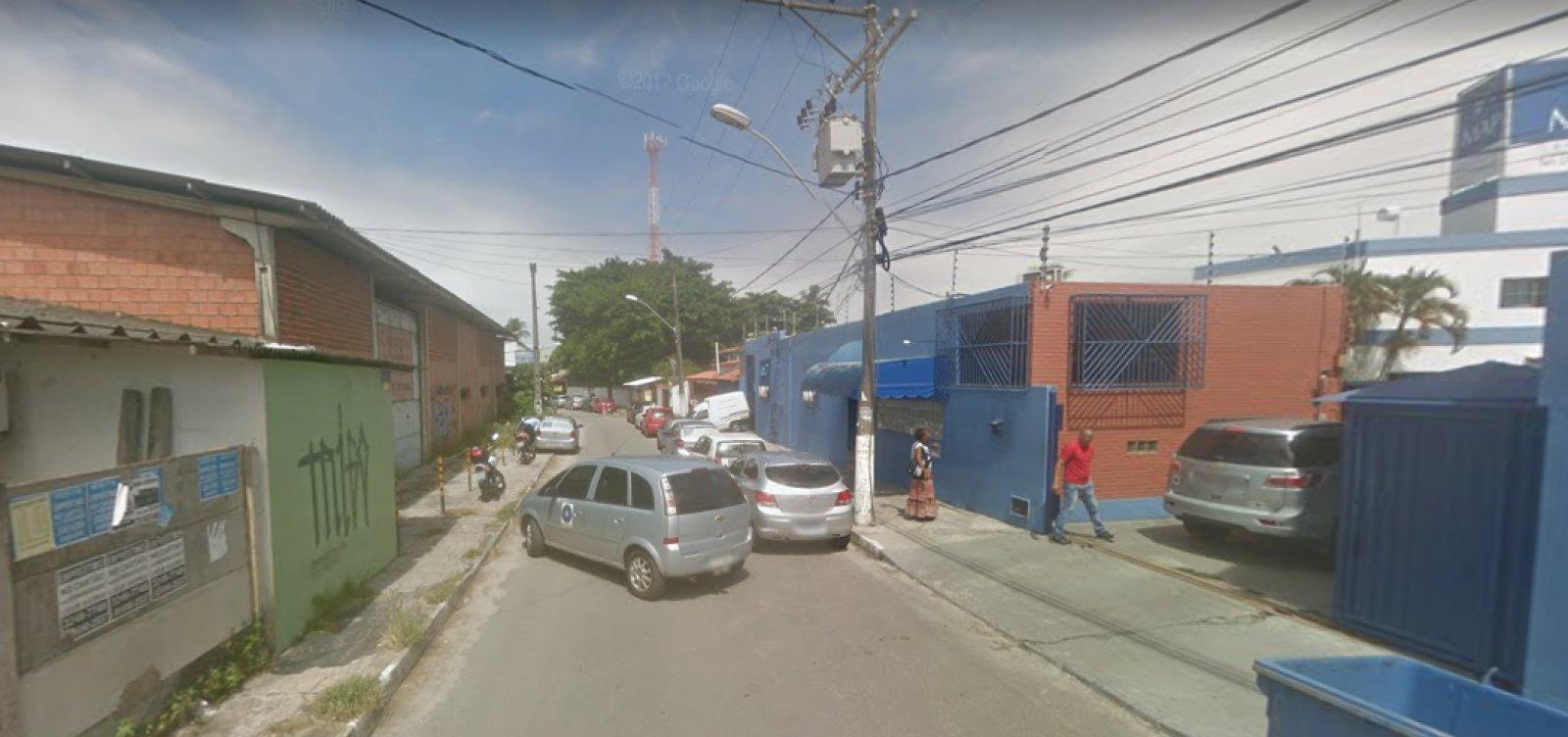 Cinco pessoas morrem e uma é baleada em Lauro de Freitas