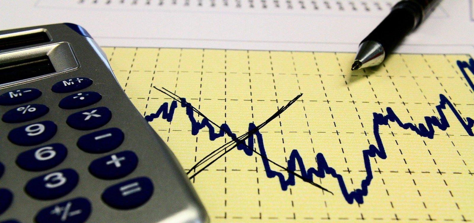 Mercado vê inflação maior e reduz estimativa de alta do PIB pela 12ª semana seguida