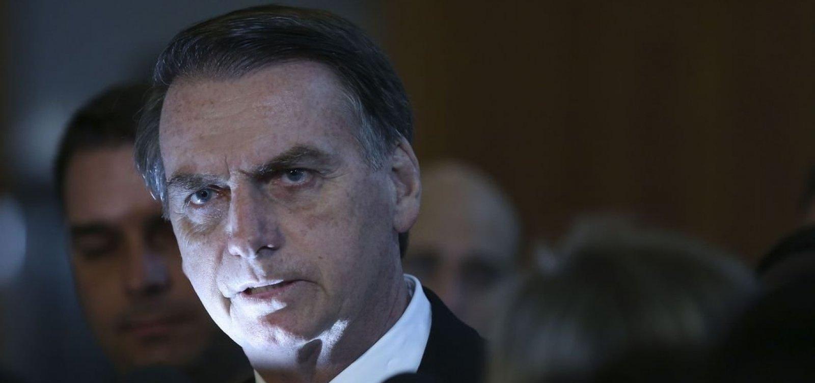 Bolsonaro torna a defender mudanças em regras da CNH