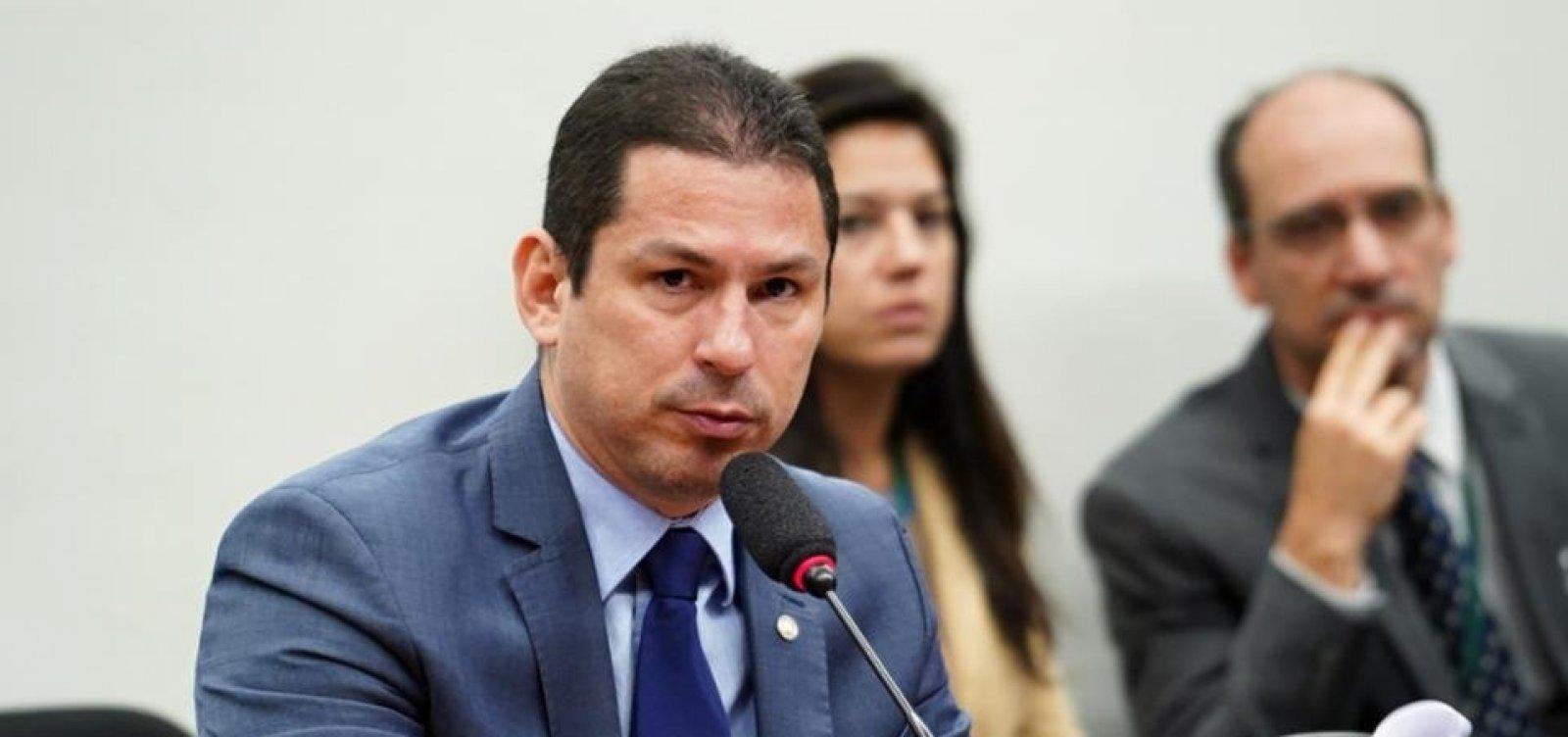 Relatório da Previdência sai até dia 15, diz presidente da Comissão