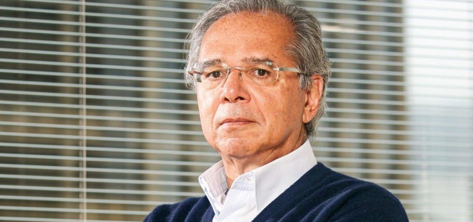 Paulo Guedes afirma a Bolsonaro que atos de domingo podem atrapalhar reforma