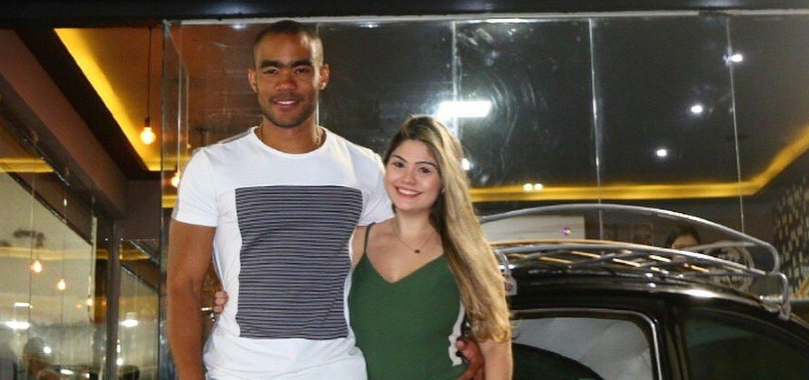 Noivo de vereadora ganha cargo na prefeitura de Salvador