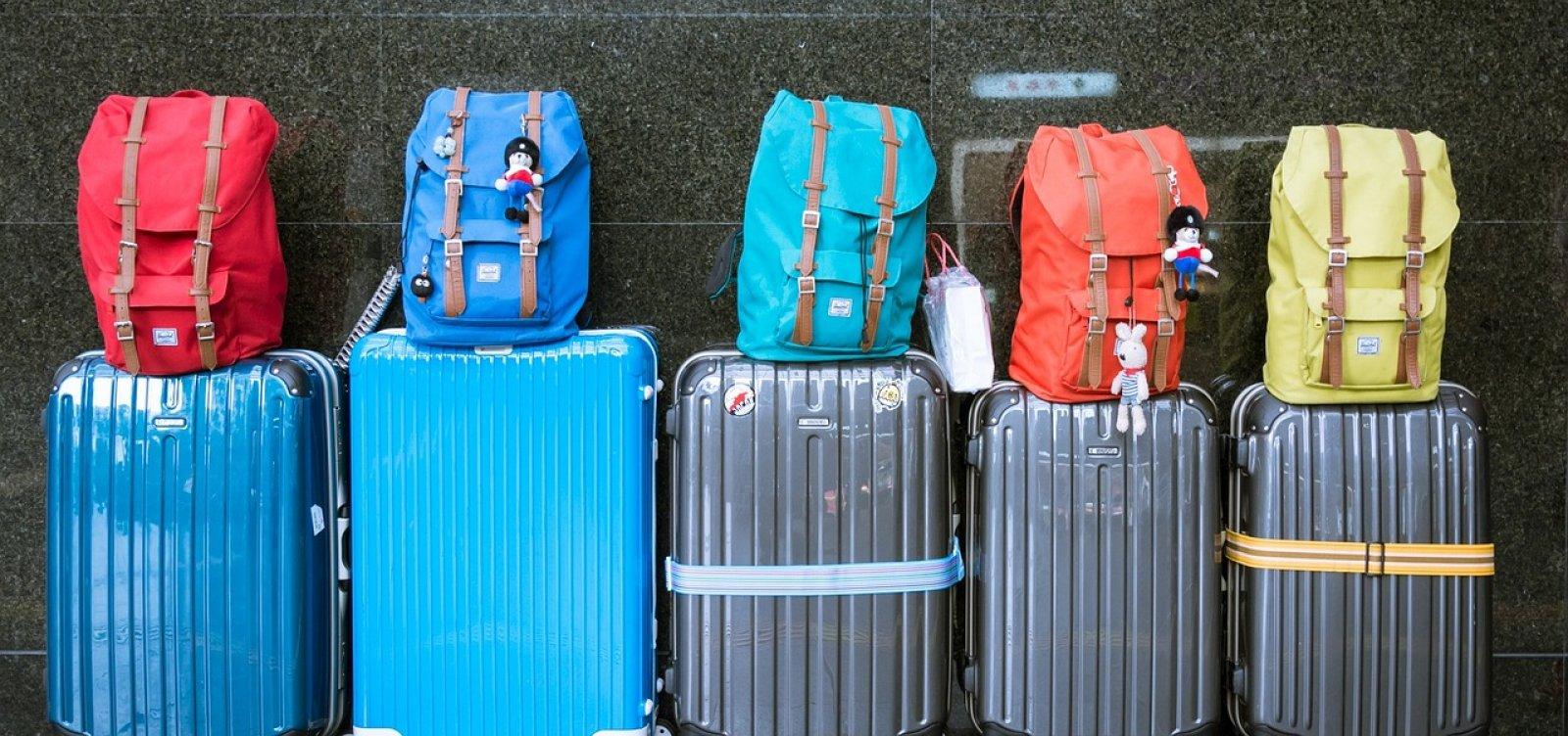Empresas aéreas criticam volta da bagagem gratuita