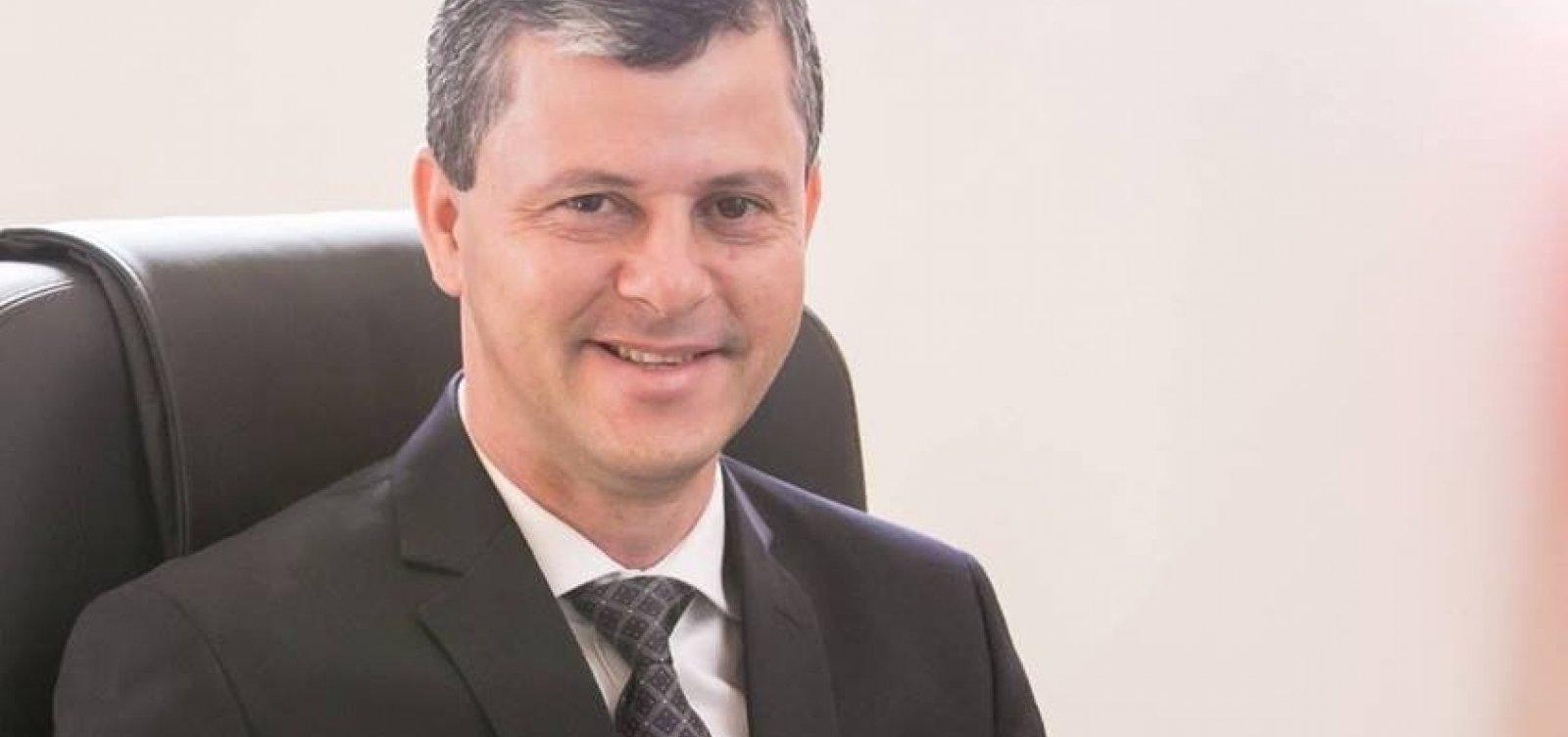 Prefeito de Caetité é denunciado por fraude em licitações