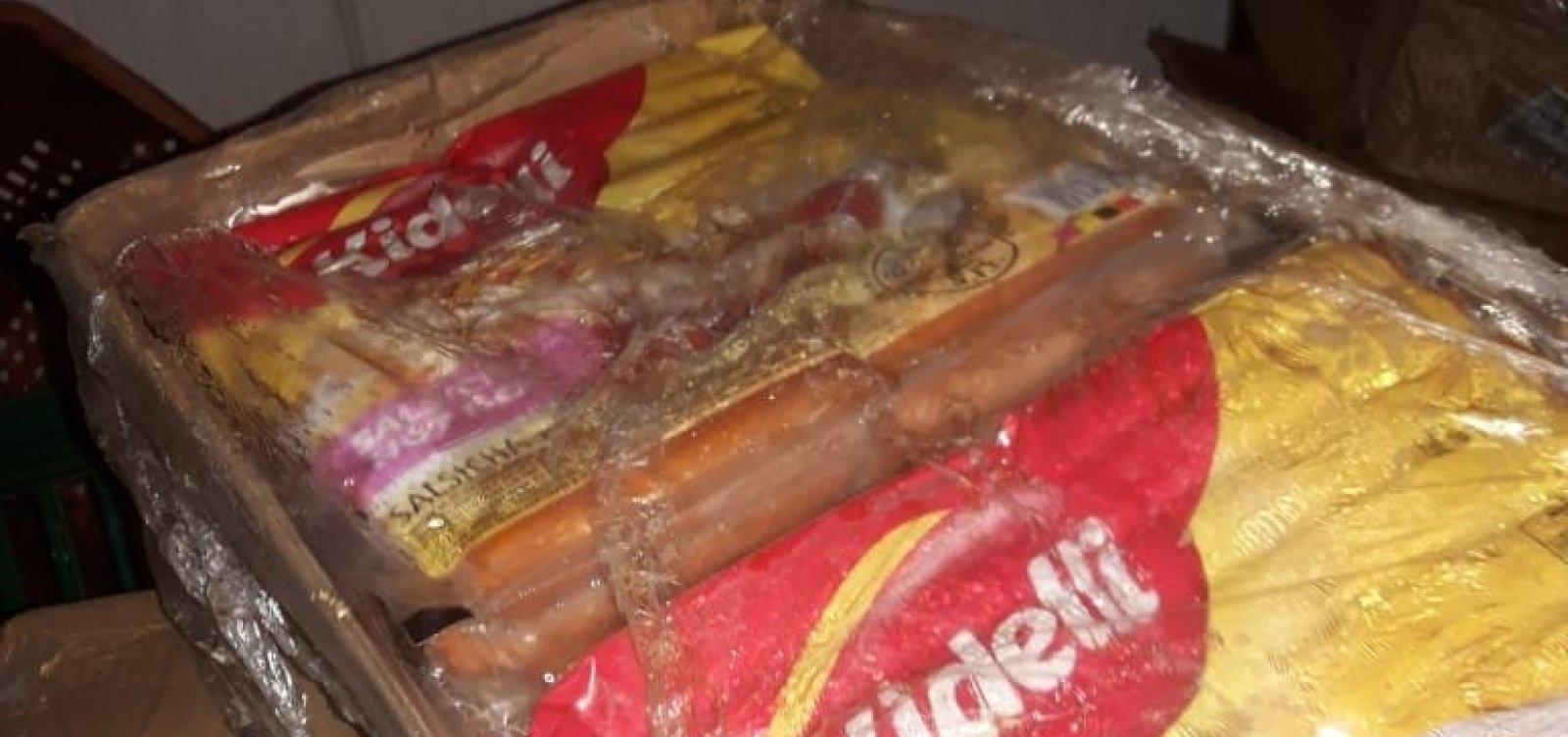 Açougue de Salvador é autuado por estocar 90 kg de salsichas vencidas há mais de um mês