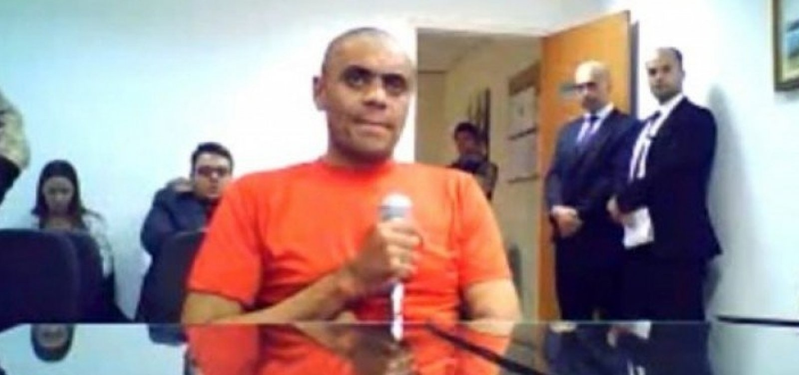 Justiça conclui que autor da facada em Bolsonaro tem doença mental