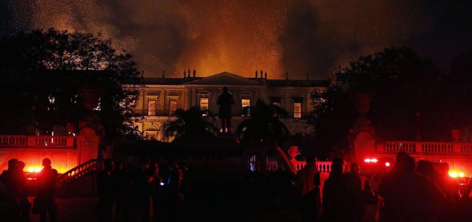 Após incêndio, MEC corta R$ 12 milhões do Museu Nacional