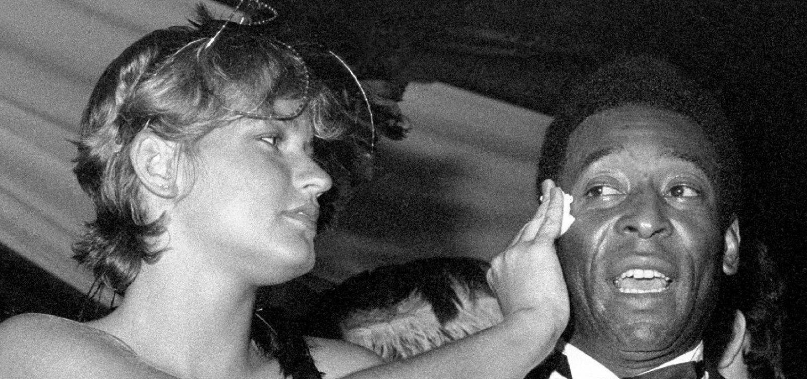 Xuxa revela que fez filme erótico para agradar Pelé