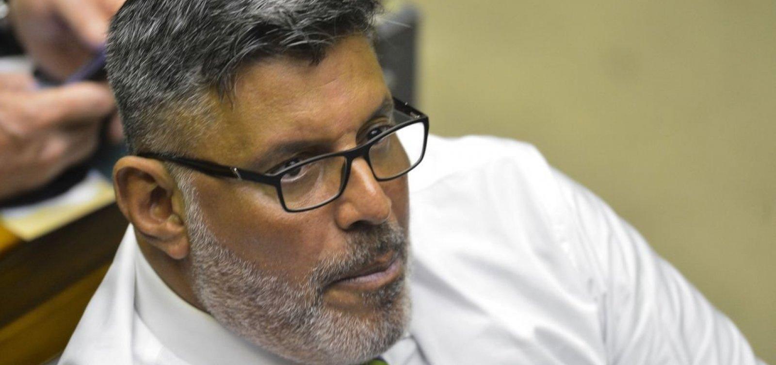 Frota afirma que Pabllo Vittar faria trabalho de ministra melhor que Damares